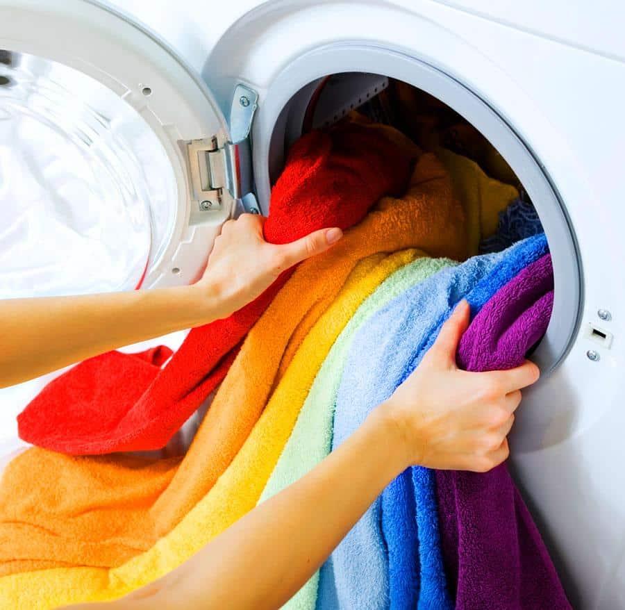 Comment redonner vie à ses anciens vêtements?